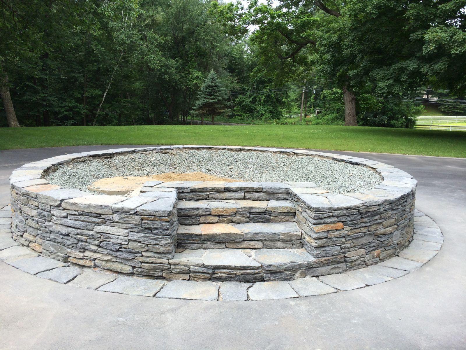 Goshen Stone Planter